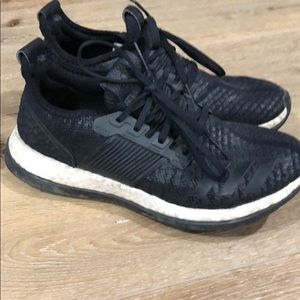 Adidas Boost Black